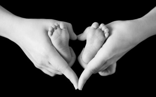 madre-amor-manos-e1446516901902.jpg
